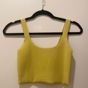 Yellow crop tank top from Aritizia. Size Small.